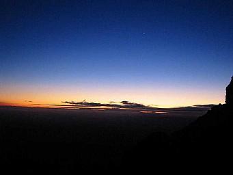 11 Sunrise.jpg: 800x600, 14k (2014 Jul 21 06:35)