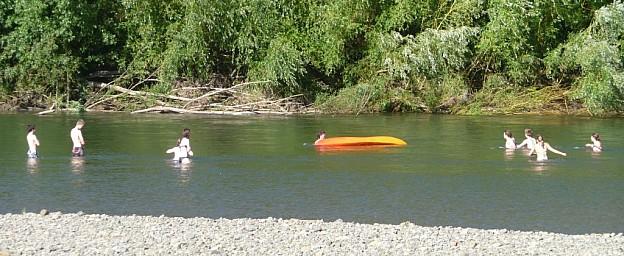 zswimming.jpg: 1024x420, 132k (2014 Jul 21 06:40)
