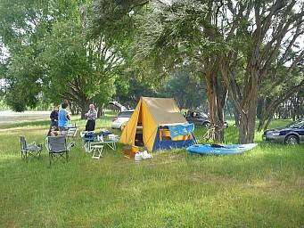 2012-12-01 17.17.36 P1040377 Simon - Morison Bush - campsite.jpeg: 4000x3000, 6860k (2014 Jul 21 06:53)