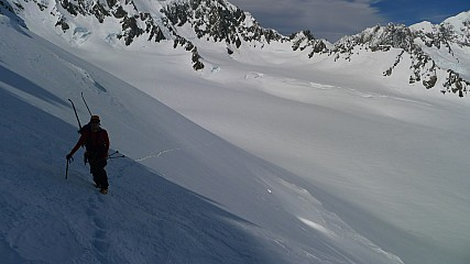 Dan cramponing up to West Hoe pass