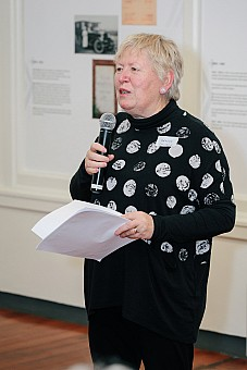 click on the photo and click again on the photo to download the original image  2019-07-03 18.53.50 Tararua Tramping Club - Centenary Book Launch-079-DigitalNinja