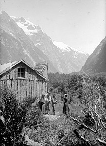 Members of the Gifford party outside a hut (~1890)