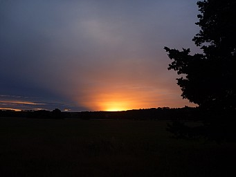 2013-03-02 19.55.44 P1040733 Simon - sunset.jpeg: 4000x3000, 3339k (2014 Jul 21 07:00)