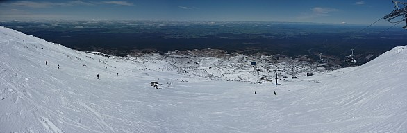 2010-11-07 10.22.53 Panorama.jpeg: 7892x2584, 3114k (2014 Jul 21 07:23)